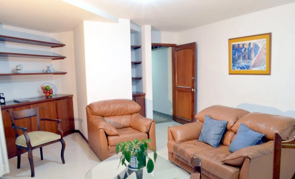 Furnished appartment with all you need in Cali - Colombia. Safe Zone - Apartment 509