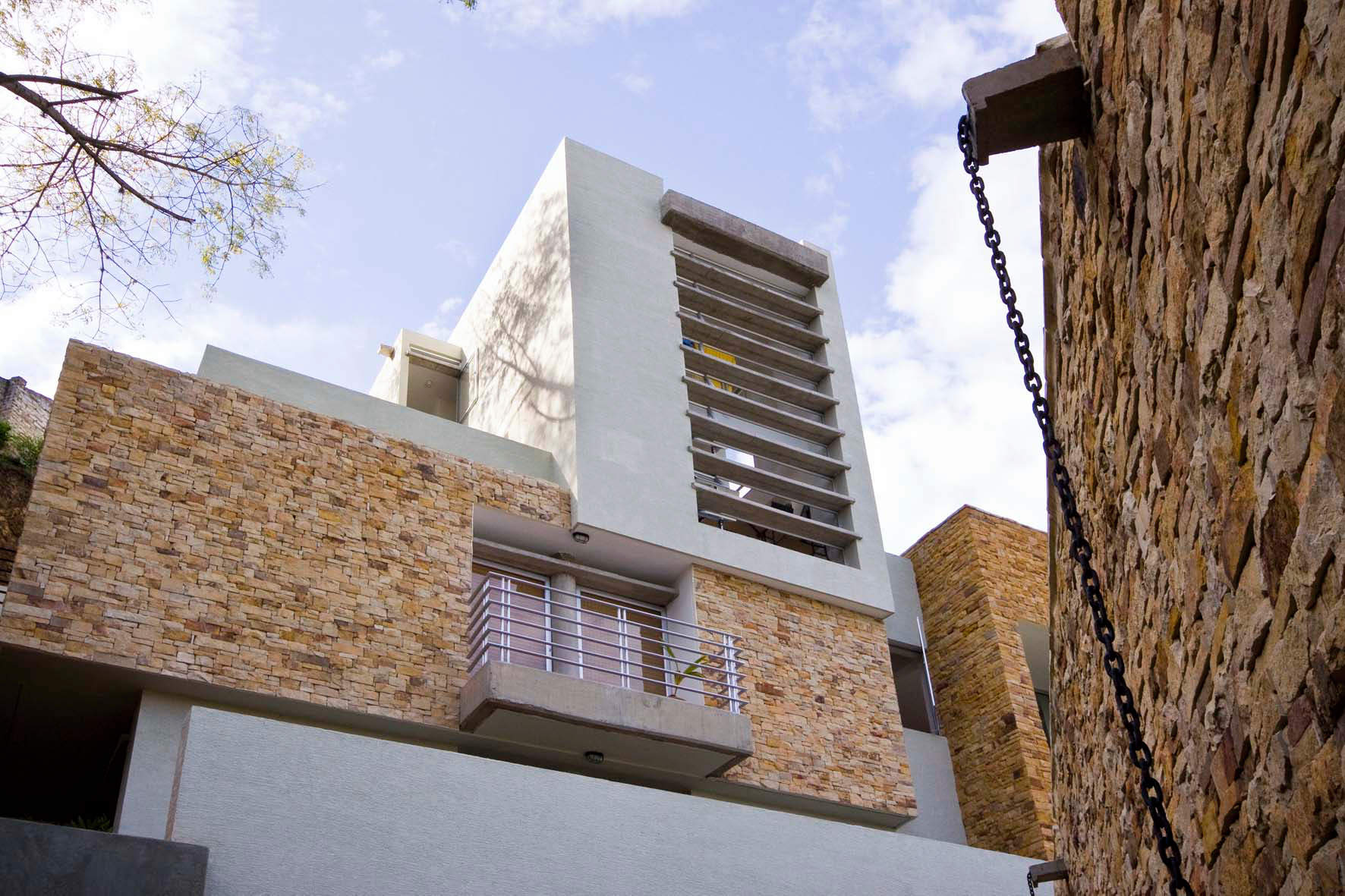 New building with furnished apartments for rent